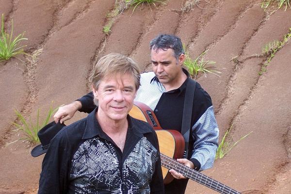 Poco Loco - Barry Ferrier & Brian Watt
