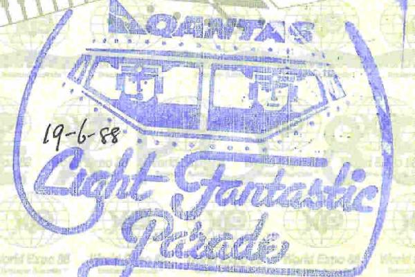 qantaslightfantasticparade9812D8B3-ACF7-3A74-B967-D09FA654A1AB.jpg