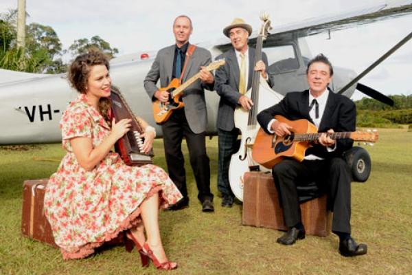 johnny-cash-show-cast-plane-singingD9149BA8-BD27-4F5E-DD90-1E0985945371.jpg